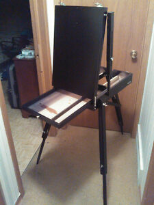 COMPACTING FOLD DOWN ART EASEL into own CARRY BOX Cambridge Kitchener Area image 2
