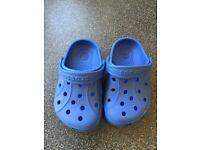 Crocs - size 6/7