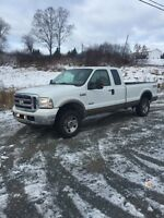 2006 F250 Lariat, beautiful truck!