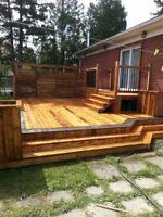 Balcon/clôture et toiture boisvert
