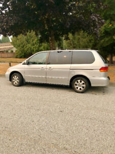 Back to school perfect vehicle-super clean 7 seat mini-Van