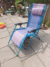 Garden reclining chair vgc tel 7875531524