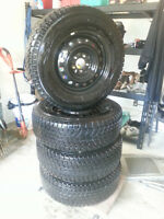 CHEAP!! SET 4X- 195/65R15 PIRELLI WINTER CARVING WITH RIMS!