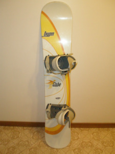ASSORTMENT OF USED SNOWBOARD WITH BINDINGS sb