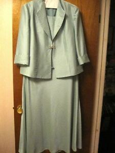 DRESS- LIGHT GREEN FULL LENGTH