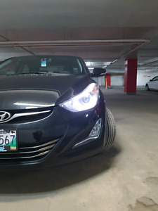 2016 Elantra Limited very low Km Brand new condition!!