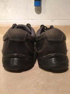Dr. Martens Air Cushion Sole Shoes Men's Size 9, Women's Size 10 London Ontario image 2