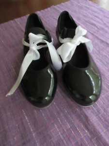 Girls Bloch Black Leather Tap Shoes - Great shape   Size 11.5