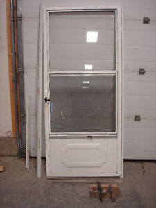 White Aluminum Screen/Storm Door