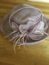 Wedding / event hat