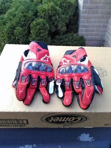 ALPINE STARS RED/BLACK/WHITE SIZE L GLOVES WITH CARBON FIGER