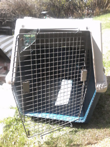 Used dog kennel for medium to large dogs