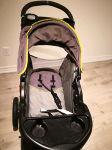 baby trend Jogger sport stroller with rain cover, great quality