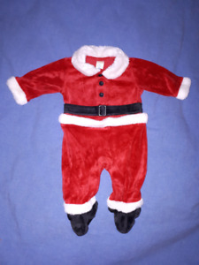 Old Navy Baby Velour Santa Suit Size 3/6mts