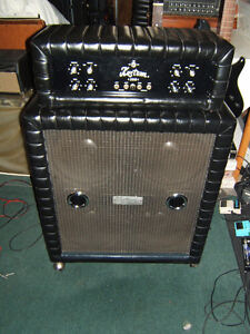 Vintage and rare Kustom 200 with 4 x 12 cab