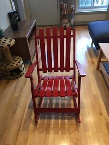 Chaise pliante et basculante / Folding and rocking chair