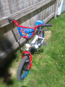 14 inch wheels boys or kids bike spiderman