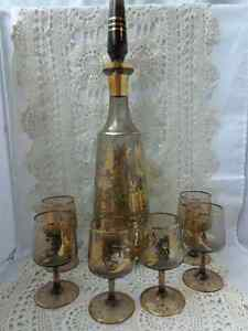Mid Century Decanter with glasses Retro Gold Toned Etched
