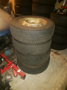 Michelin Ice-x winters 215/65r16  5x100