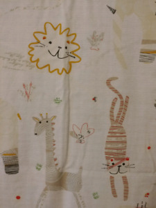 ANIMAL SHOWER CURTAIN WITH ACCESSORIES