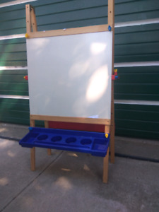 KIDS WOODEN WHITE BOARD EASEL WITH TRAYS