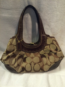 NEW with tags authentic Coach Purse