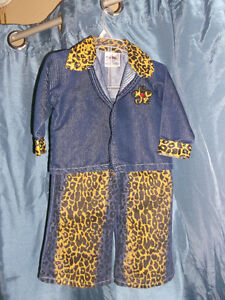 Many adorable outfits for a 2 year old girl for sale Gatineau Ottawa / Gatineau Area image 1