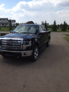 2013 Ford F-150 Lariat Supercab 5.0 perfect condition