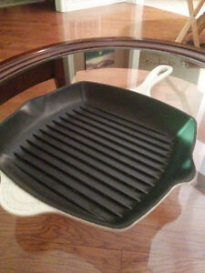 Brand New Le Creuset 10 inch square Grill Pan London Ontario image 2