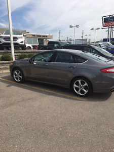 2014 Ford Fusion SE Sedan-Amazing Car!