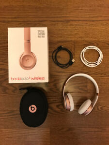 Beats by Dr. Dre Solo3 On-Ear Sound Isolating Wireless Headphone