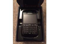 New BlackBerry Curve 9380 (Orange)