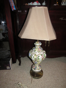 RETRO Italian CAPODIMONTE Lamp