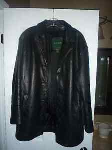 Danier Leather Jacket In Great Condition