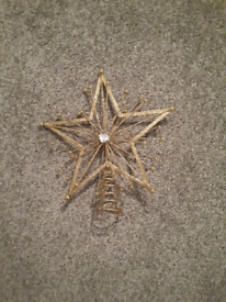 FREE Gold Star Christmas Tree Topper with Sparkles