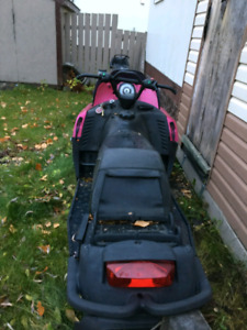 Pink 2007 800 Crossfire Arctic Cat 3000 kms