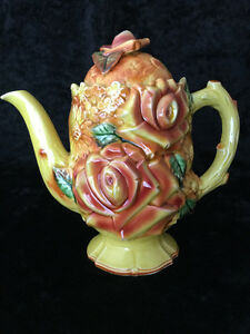 "Vintage (1950s +) ""ROYAL BOUQUET"" by Unicorn, Coffee Set Cambridge Kitchener Area image 2"