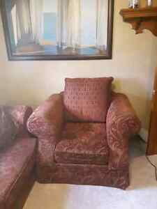 Beautiful embroidered couch and chair Sarnia Sarnia Area image 3