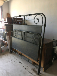Wrought iron queen head/ foot board