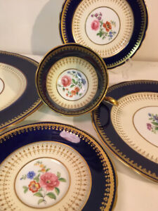Aynsley Cobalt Blue 5 piece Place Setting