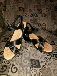 REDUCED! Black wedge sandals size 8.5