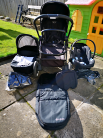 Cybex Gold System in Lava Black