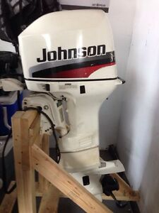 1998 Johnson 25 hp long shaft pull / electric start