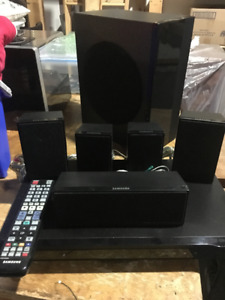 Cinema Maison 5.1 Samsung HT-D550 5.1 Home theater
