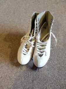 Girls Ice Skates Cambridge Kitchener Area image 2