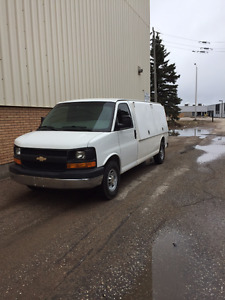 2011 Chevrolet Express Contractors Van