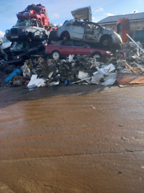 Scrap cars vans wanted 07464596844 Cash paid