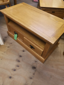 Oak Tv stand cofee table with draw