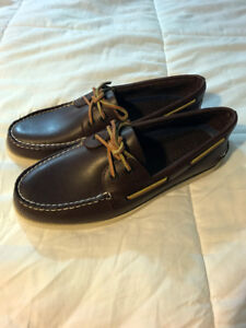 BRAND NEW IN BOX Brown Mens Sperry Boat Shoes Sz. 10