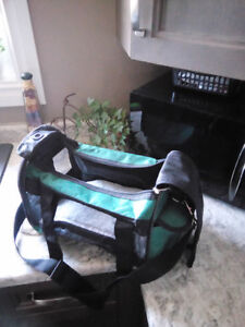 Pet carrier for sale!